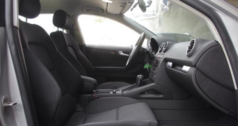 Audi A3 Sportback II 2.0 TDI 140 AMBITION S tronic Gris occasion à Chambourcy - photo n°3
