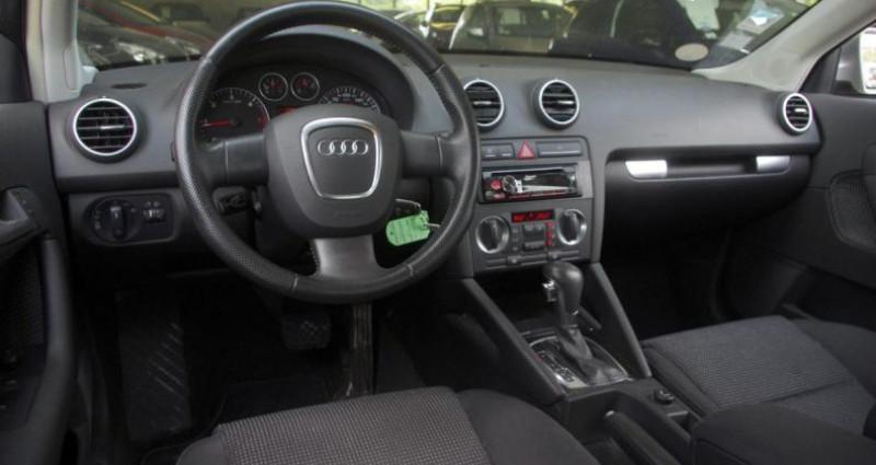 Audi A3 Sportback II 2.0 TDI 140 AMBITION S tronic Gris occasion à Chambourcy - photo n°2