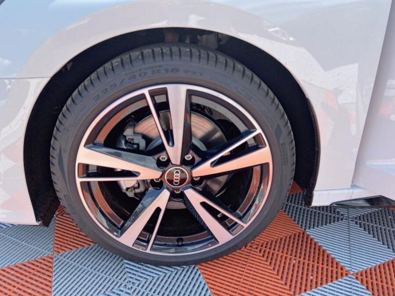 Audi A3 Sportback NEW 35 TDI 150 S TRONIC S LINE GPS Pack Esthétique Noir Blanc occasion à Montauban - photo n°19