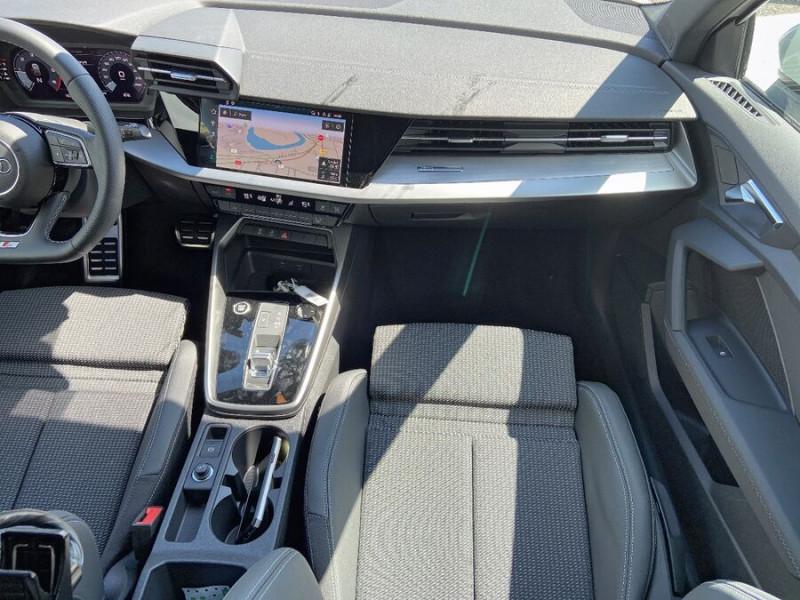 Audi A3 Sportback NEW 35 TDI 150 S TRONIC S LINE GPS Pack Esthétique Noir Blanc occasion à Montauban - photo n°12