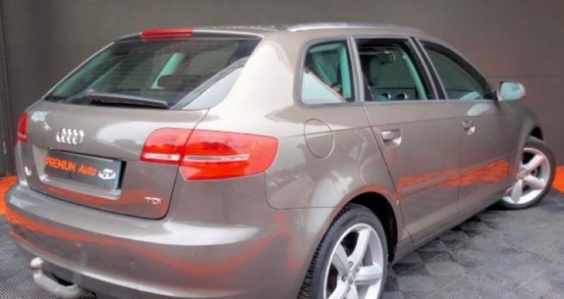 Audi A3 Sportback Série 2 Phase 2 2.0 TDi 16V 140 cv Marron occasion à Francin - photo n°4