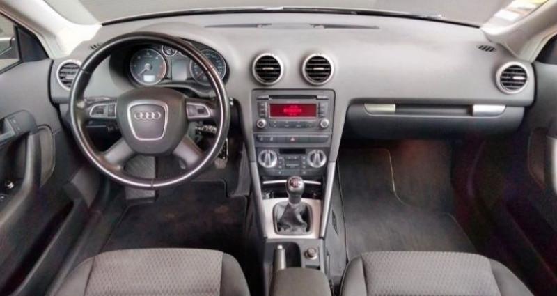 Audi A3 Sportback Série 2 Phase 2 2.0 TDi 16V 140 cv Marron occasion à Francin - photo n°5