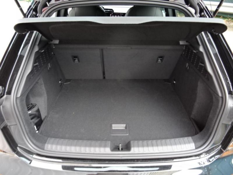 Audi A3 Sportback Sportback 1.5 35 TFSI - 150 S line Noir occasion à Mérignac - photo n°10