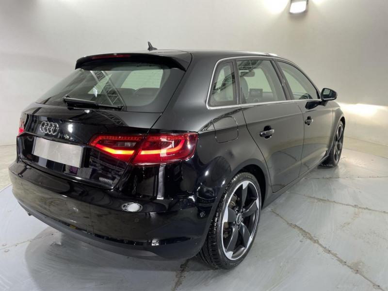 Audi A3 Sportback SPORTBACK QUATTRO 2.0 TDI 184 S-TRONIC  AMBITION LUXE  occasion à Verfeil - photo n°9