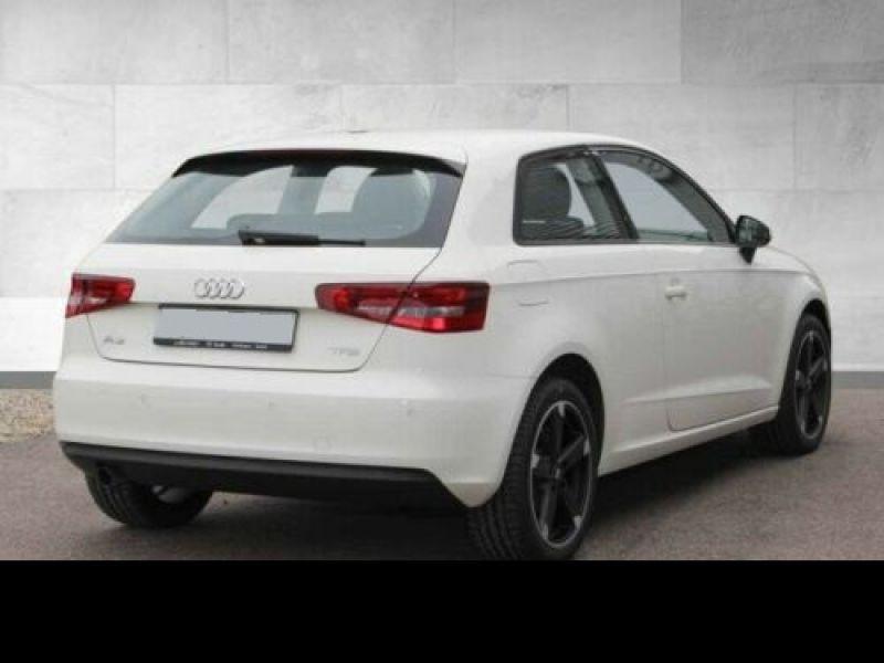 Audi A3 1.2 TFSI 110 cv Blanc occasion à Beaupuy - photo n°3
