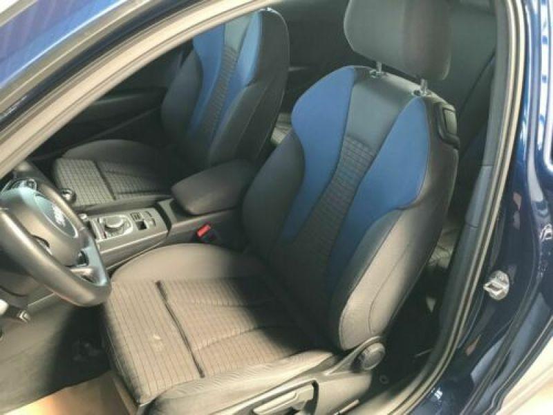 Audi A3 1.4 TFSI 125 cv Bleu occasion à Beaupuy - photo n°4