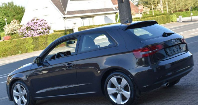 Audi A3 1.6TDi ultra Attraction Marron occasion à Ingelmunster - photo n°4