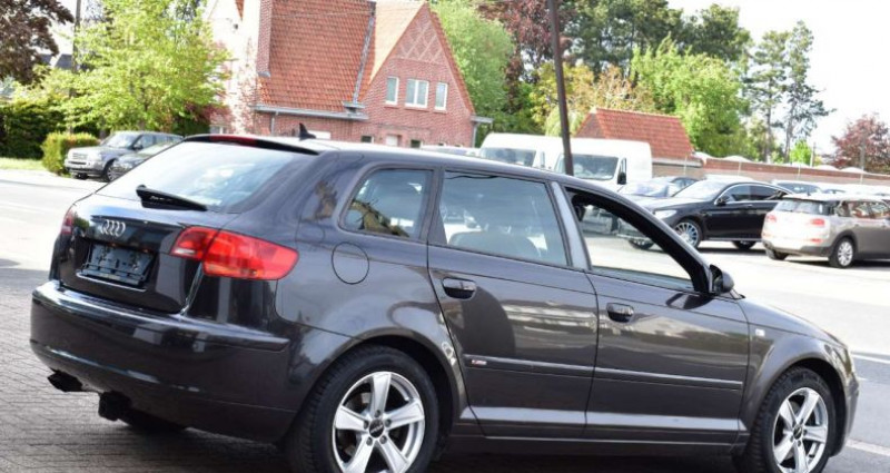 Audi A3 2.0TDi Gris occasion à Ingelmunster - photo n°5