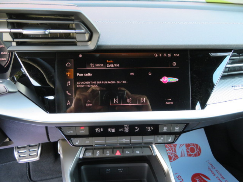 Audi A3 35 TDI 150CH S LINE S TRONIC 7 + JA18 + OPTIONS Gris occasion à Lormont - photo n°9