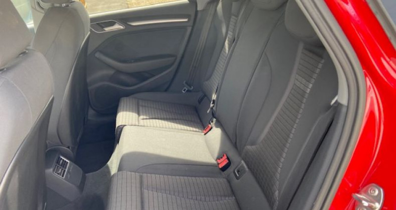 Audi A3 Lim. sport 1.6 TDI 115 CH BVM6  occasion à Tarcenay - photo n°7