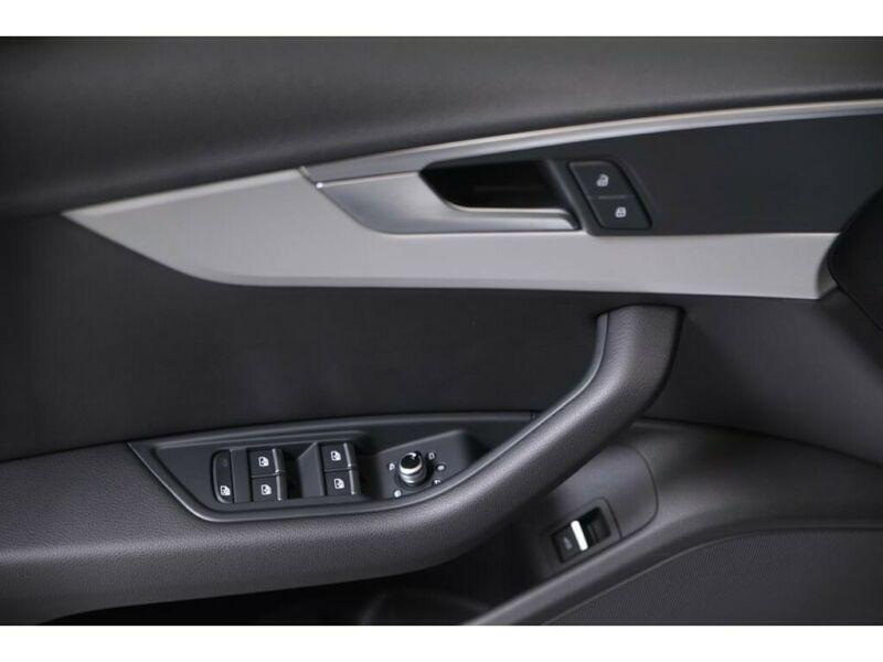 Audi A4 Allroad 3.0 TDI Quattro 272 Blanc occasion à Beaupuy - photo n°5