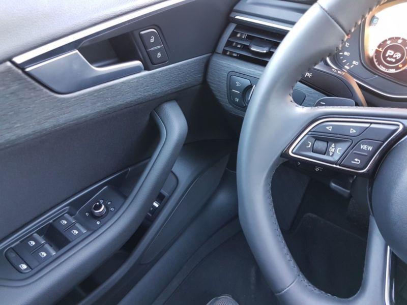 Audi A4 Allroad 3.0 TDI Quattro 272 Rouge occasion à Beaupuy - photo n°8