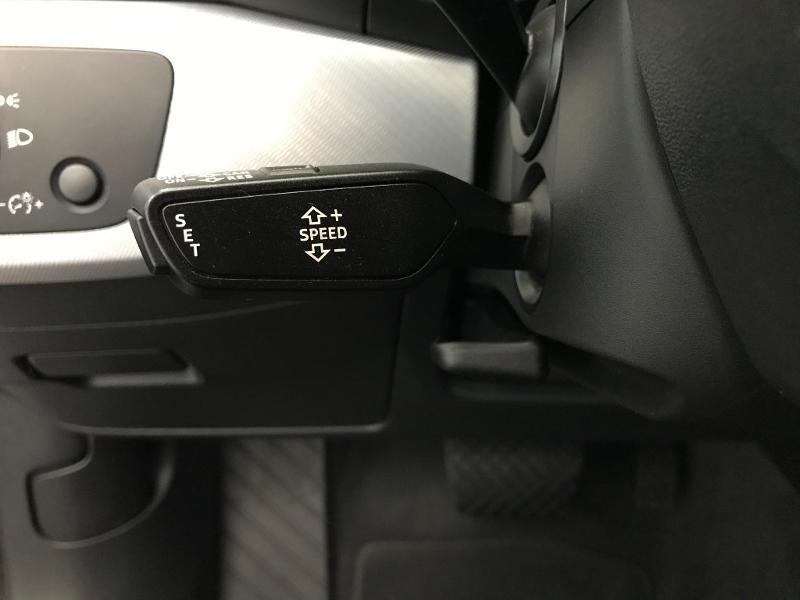 Audi A4 Avant 2.0 TDI 150ch Design Luxe S tronic 7 Gris occasion à Onet-le-Château - photo n°16