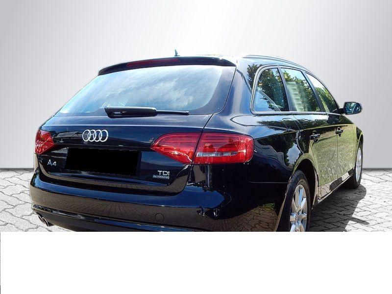 Audi A4 Avant 2.0 TDI Quattro 150 Noir occasion à Beaupuy - photo n°3