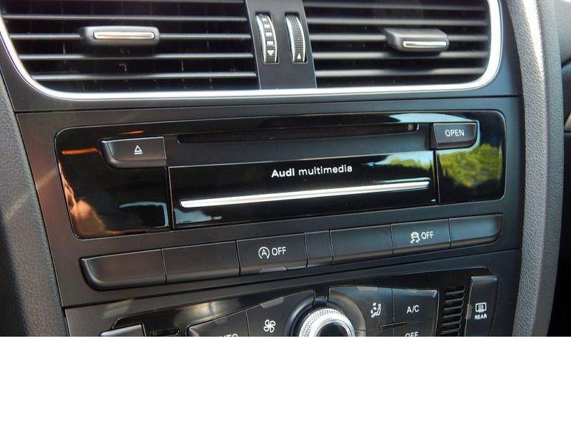 Audi A4 Avant 2.0 TDI Quattro 150 Noir occasion à Beaupuy - photo n°5