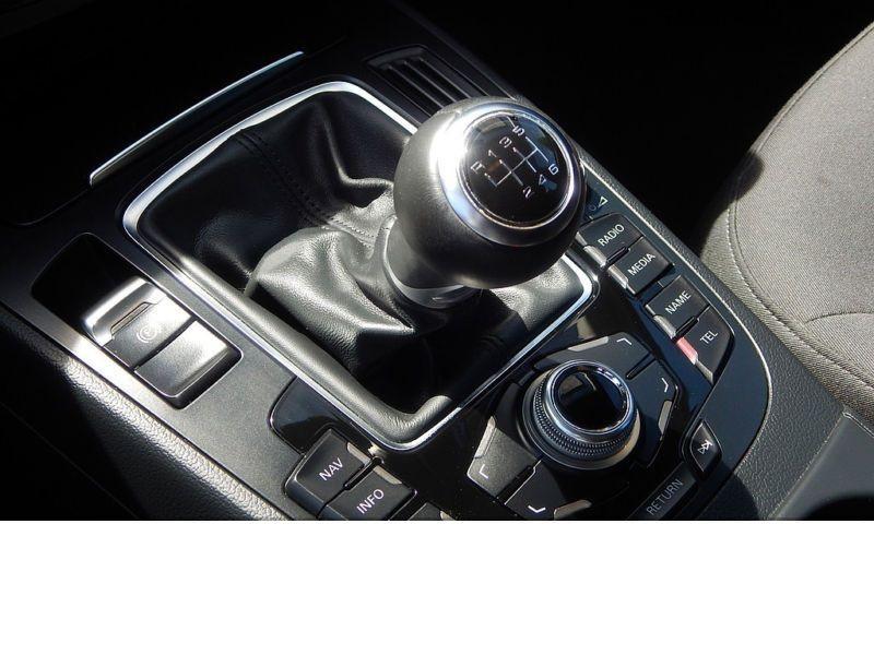 Audi A4 Avant 2.0 TDI Quattro 150 Noir occasion à Beaupuy - photo n°6