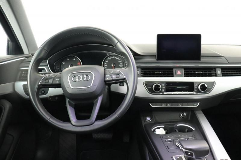 Audi A4 Avant 2.0 TDI ultra 150 S tronic 7 Design Gris occasion à Aubière - photo n°4