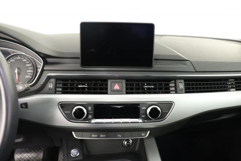 Audi A4 Avant 2.0 TDI ultra 150 S tronic 7 Design Gris occasion à Aubière - photo n°9