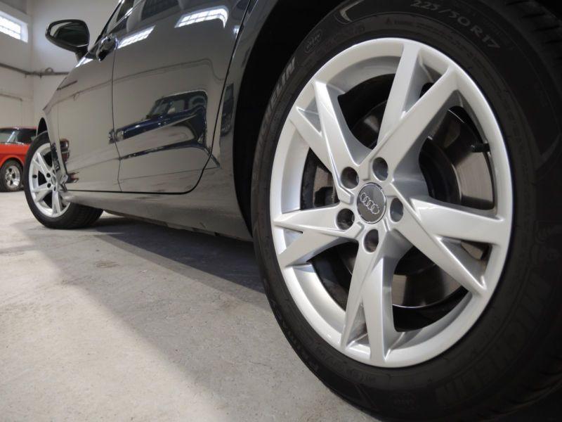 Audi A4 Avant 2.0 TFSI 252 Quattro Gris occasion à Beaupuy - photo n°9