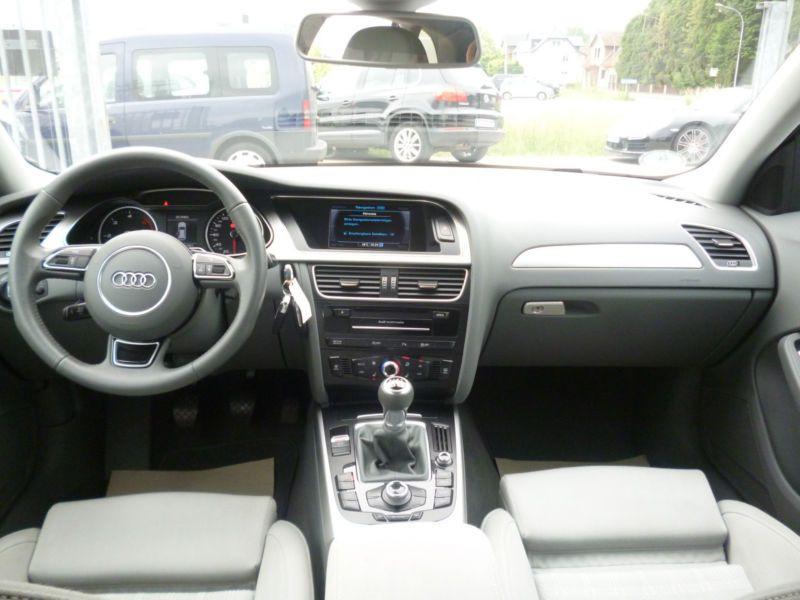 Audi A4 Avant 3.0 TDI 204 Noir occasion à Beaupuy - photo n°2