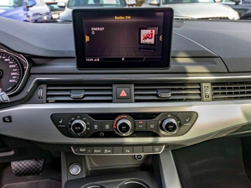 Audi A4 Avant 3.0 TDI 218 Noir occasion à Beaupuy - photo n°6