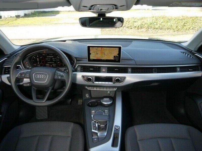 Audi A4 Avant 3.0 TDI 218 Bleu occasion à Beaupuy - photo n°2