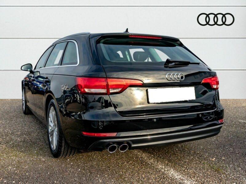 Audi A4 Avant 3.0 TDI 218 Noir occasion à Beaupuy - photo n°3