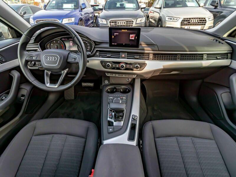 Audi A4 Avant 3.0 TDI 218 Noir occasion à Beaupuy - photo n°2