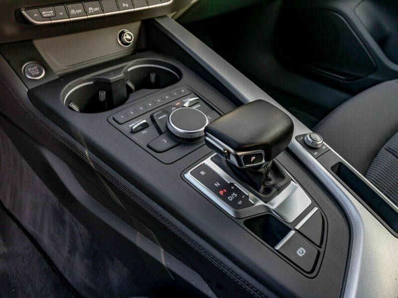 Audi A4 Avant 3.0 TDI 218 Noir occasion à Beaupuy - photo n°7