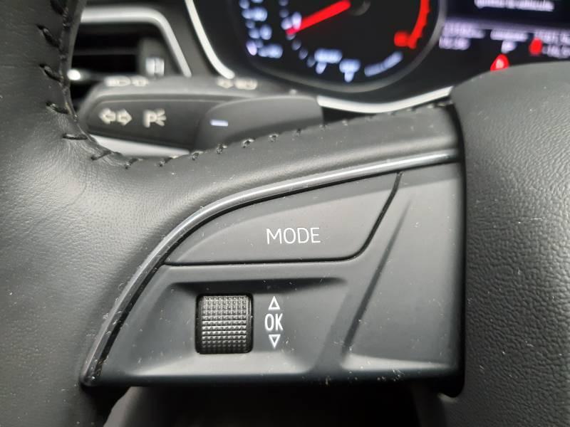 Audi A4 Avant 35 TDI 150 S tronic 7 Design Noir occasion à Lormont - photo n°18