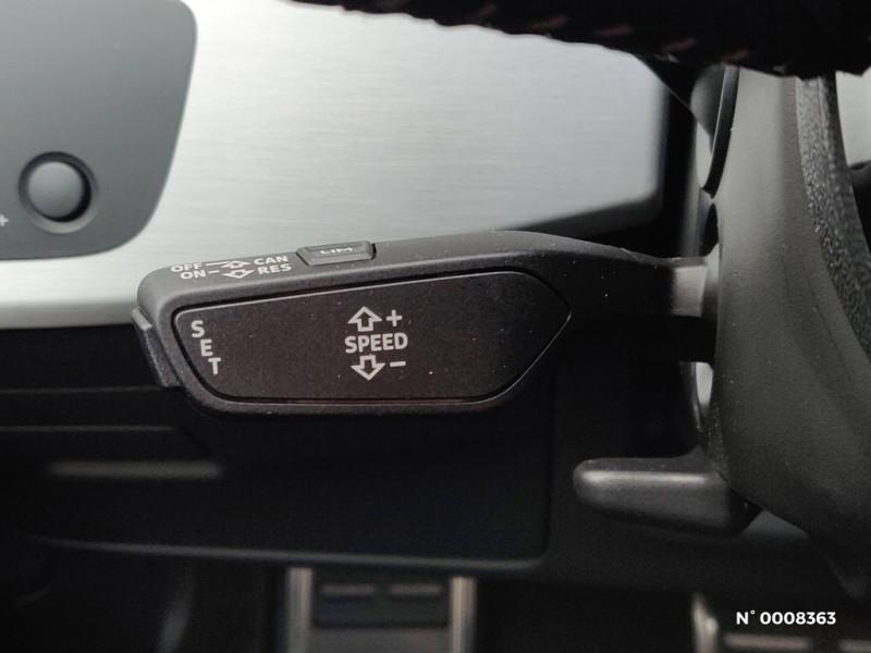 Audi A4 Avant A4 Avant 2.0 TDI 150 S tronic 7S line Gris occasion à Saint-Maur-des-Fossés - photo n°15