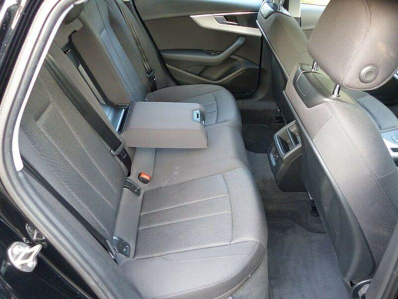 Audi A4 1.4 TFSI 150 Noir occasion à Beaupuy - photo n°7