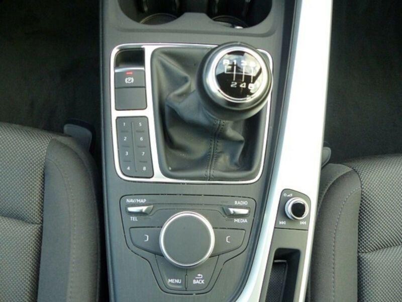 Audi A4 1.4 TFSI 150 Noir occasion à Beaupuy - photo n°9