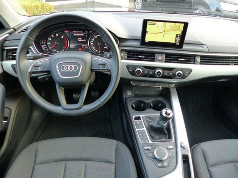 Audi A4 1.4 TFSI 150 Noir occasion à Beaupuy - photo n°2