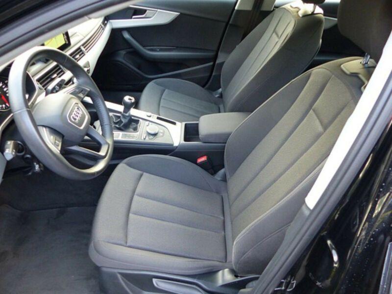 Audi A4 1.4 TFSI 150 Noir occasion à Beaupuy - photo n°5