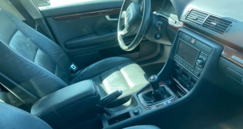 Audi A4 2.0 TDI 140CH DPF AMBITION LUXE QUATTRO Gris occasion à VOREPPE - photo n°3