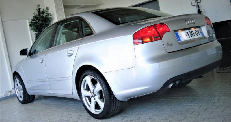 Audi A4 A4 III 2.0 TDI 140ch AMBITION MULTITRONIC Gris occasion à UNGERSHEIM - photo n°6