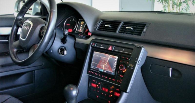 Audi A4 A4 III 2.0 TDI 140ch AMBITION MULTITRONIC Gris occasion à UNGERSHEIM - photo n°7