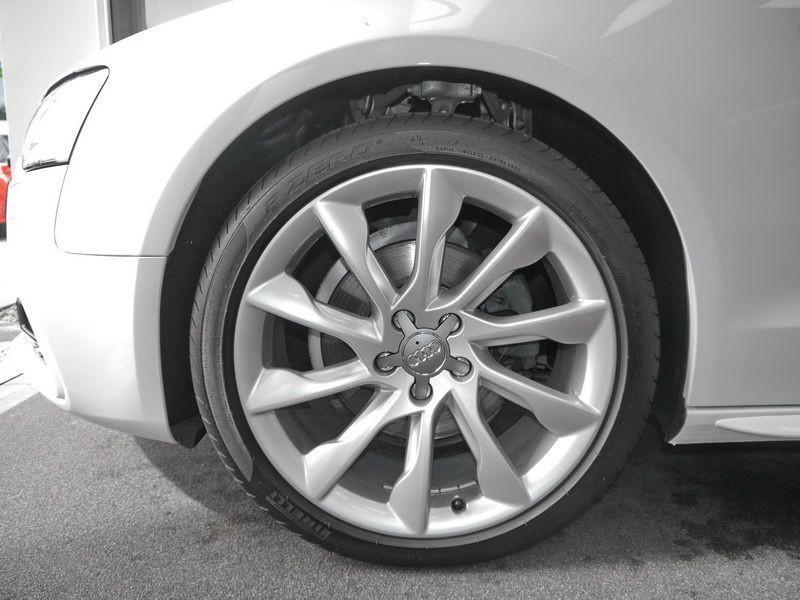 Audi A5 Cabriolet 1.8 TFSI 170 S Tronic Blanc occasion à Beaupuy - photo n°9
