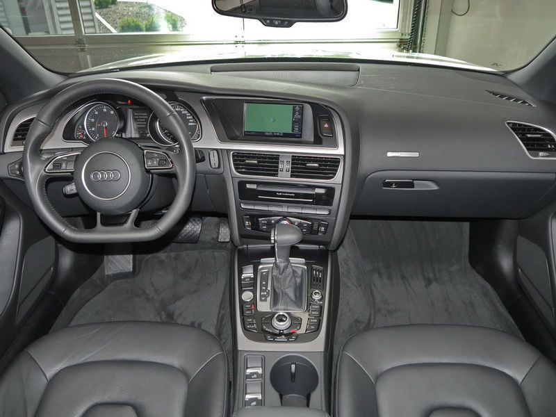 Audi A5 Cabriolet 1.8 TFSI 170 S Tronic Blanc occasion à Beaupuy - photo n°2