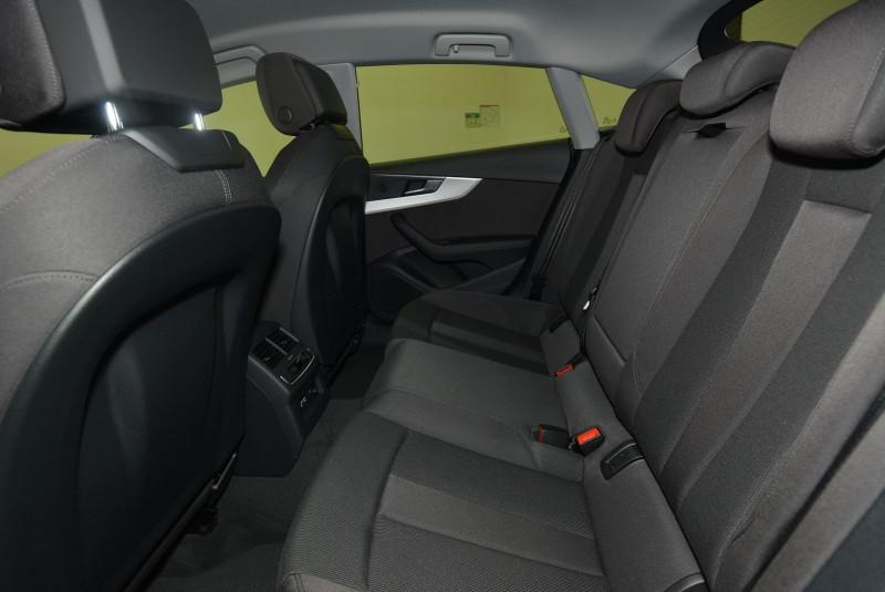 Audi A5 40 TFSI 204CH DESIGN S TRONIC 7  occasion à Quimper - photo n°4