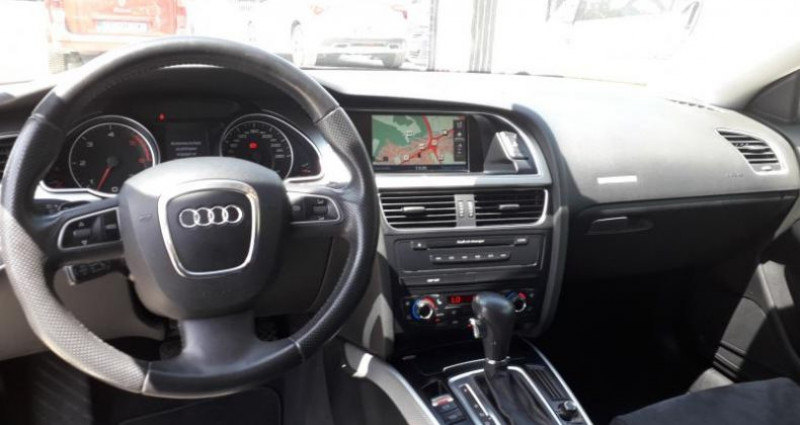 Audi A5 COUPE COUPE 2.7 V6 TDI 190 AMBITION LUXE MULTITRONIC  occasion à LINAS - photo n°3