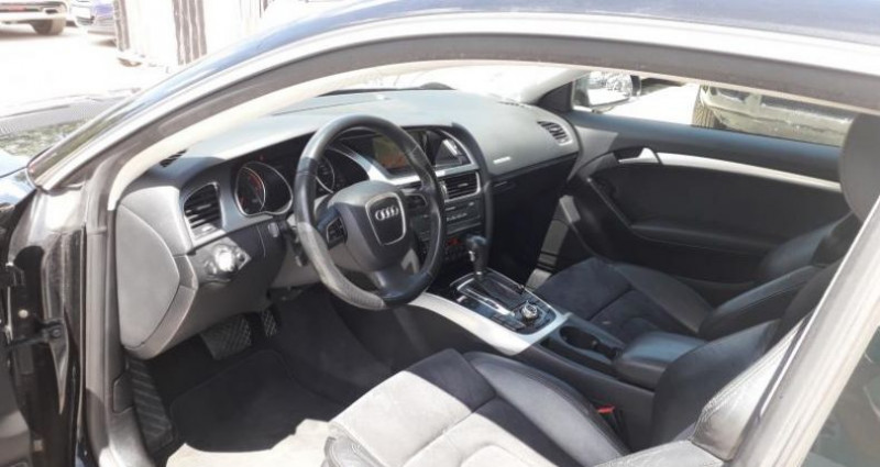 Audi A5 COUPE COUPE 2.7 V6 TDI 190 AMBITION LUXE MULTITRONIC  occasion à LINAS - photo n°5