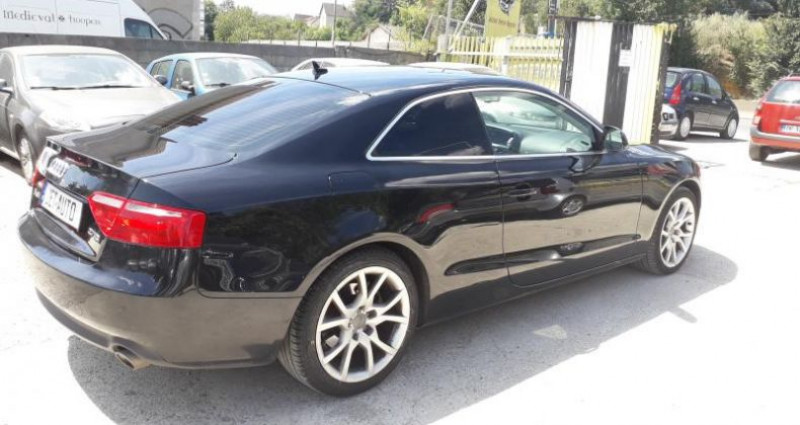 Audi A5 COUPE COUPE 2.7 V6 TDI 190 AMBITION LUXE MULTITRONIC  occasion à LINAS - photo n°2