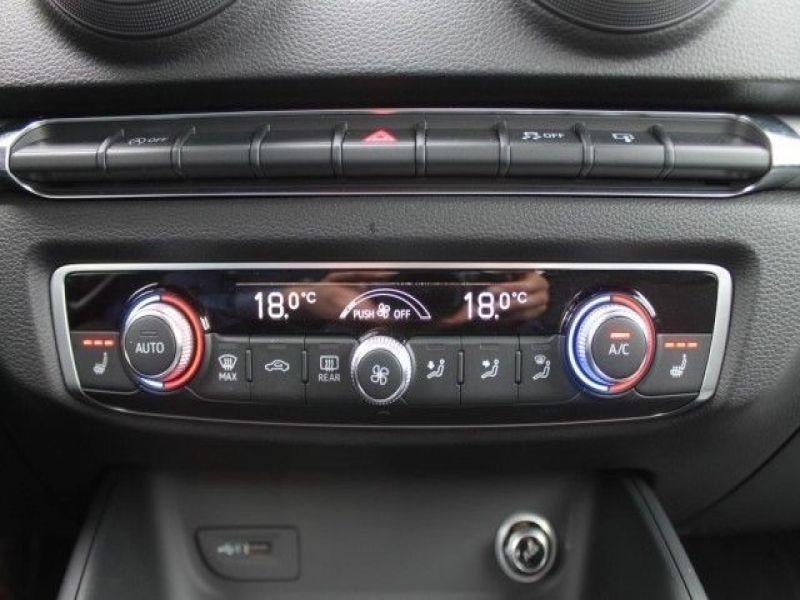 Audi A6 Avant 1.0 TFSI 116 Noir occasion à Beaupuy - photo n°5