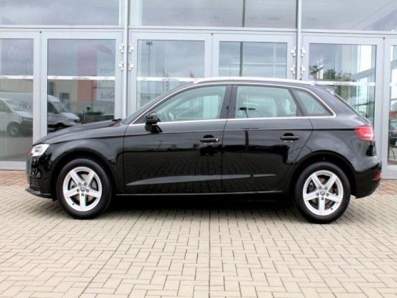 Audi A6 Avant 1.0 TFSI 116 Noir occasion à Beaupuy - photo n°7