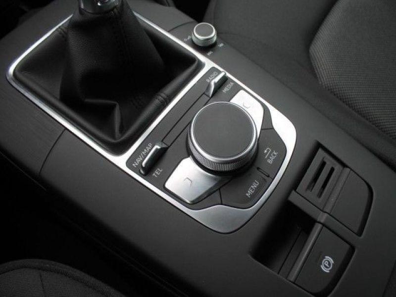 Audi A6 Avant 1.0 TFSI 116 Noir occasion à Beaupuy - photo n°6