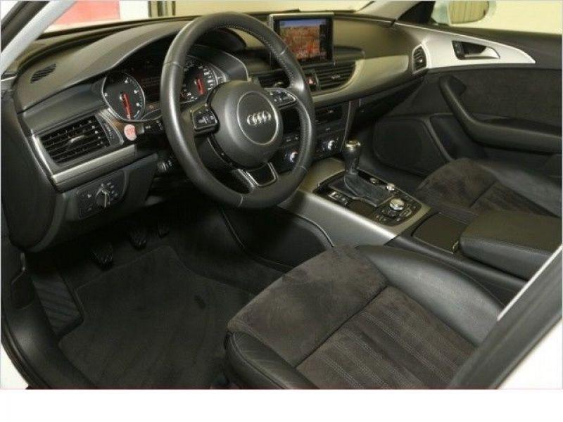 Audi A6 Avant 2.0 TDI 177 Blanc occasion à Beaupuy - photo n°4