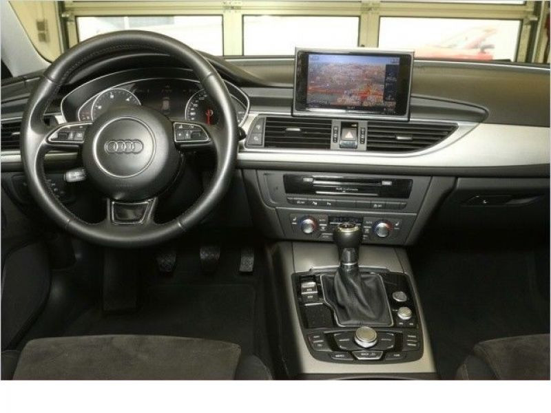 Audi A6 Avant 2.0 TDI 177 Blanc occasion à Beaupuy - photo n°2