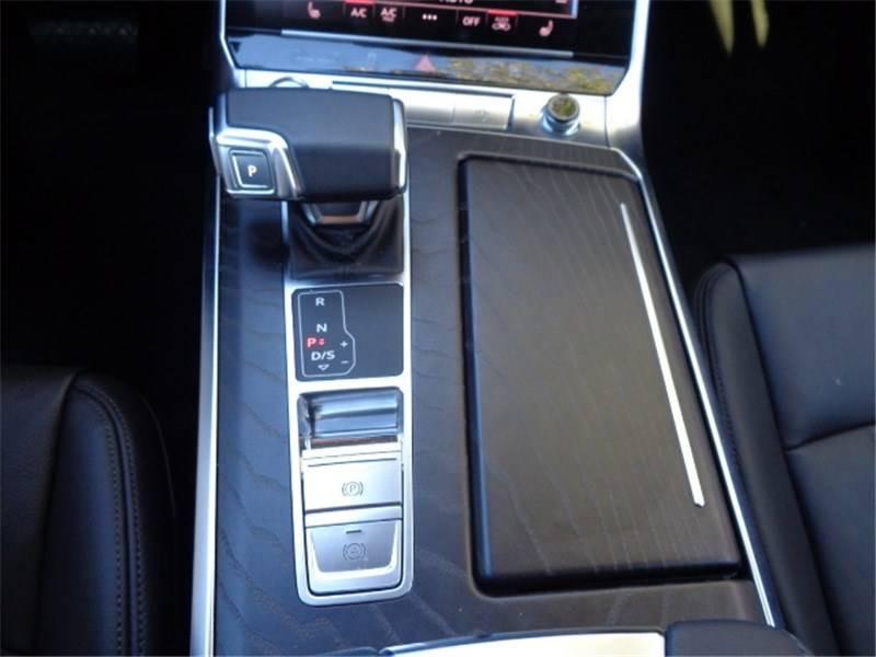 Audi A6 A6 Avant 40 TDI 204 ch S tronic 7 Avus 5p Gris occasion à Seynod - photo n°19
